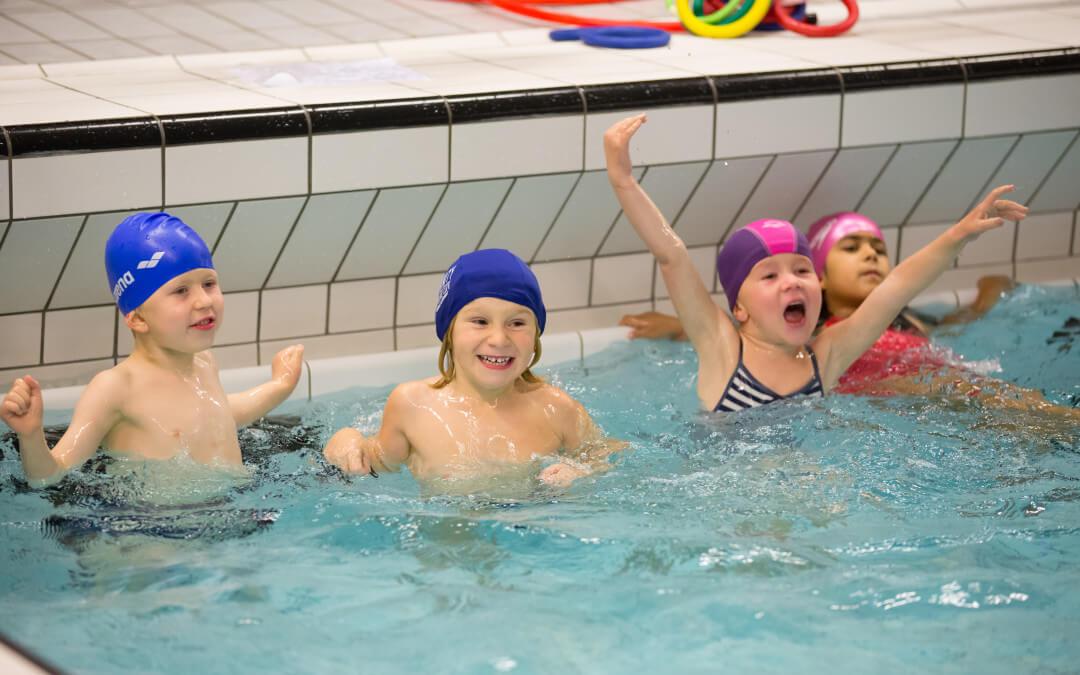 Flott sesongstart på svømmekurs