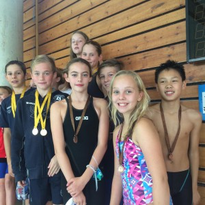Mye bra svømming fra denne gjengen. Lambertseter vant begge mixed stafettene i yngste avdeling.