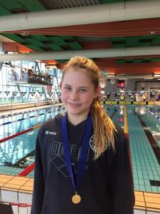 Caroline Engø tok sågar ny norsk årsklasse rekord for jenter 12 år med sterke 1.10,76