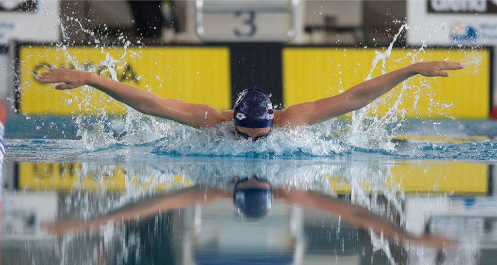 158 svømmere på stevne