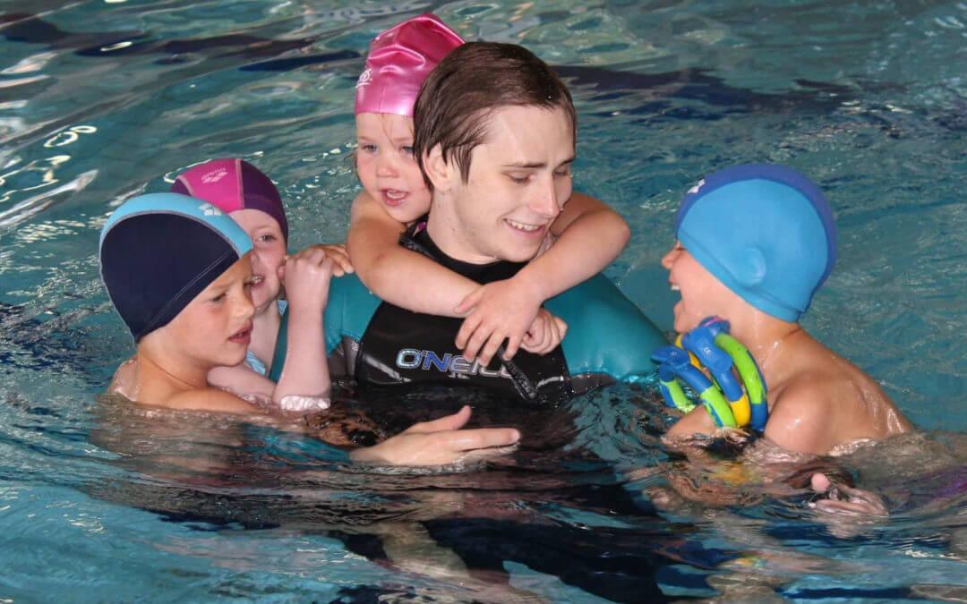 Ny ansatt i svømmeskolen